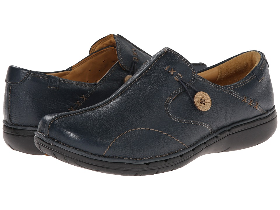 Clarks Un.loop (Navy Leather) Slip-On Shoes