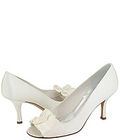 Stuart Weitzman Bridal & Evening Collection - Gigiritz