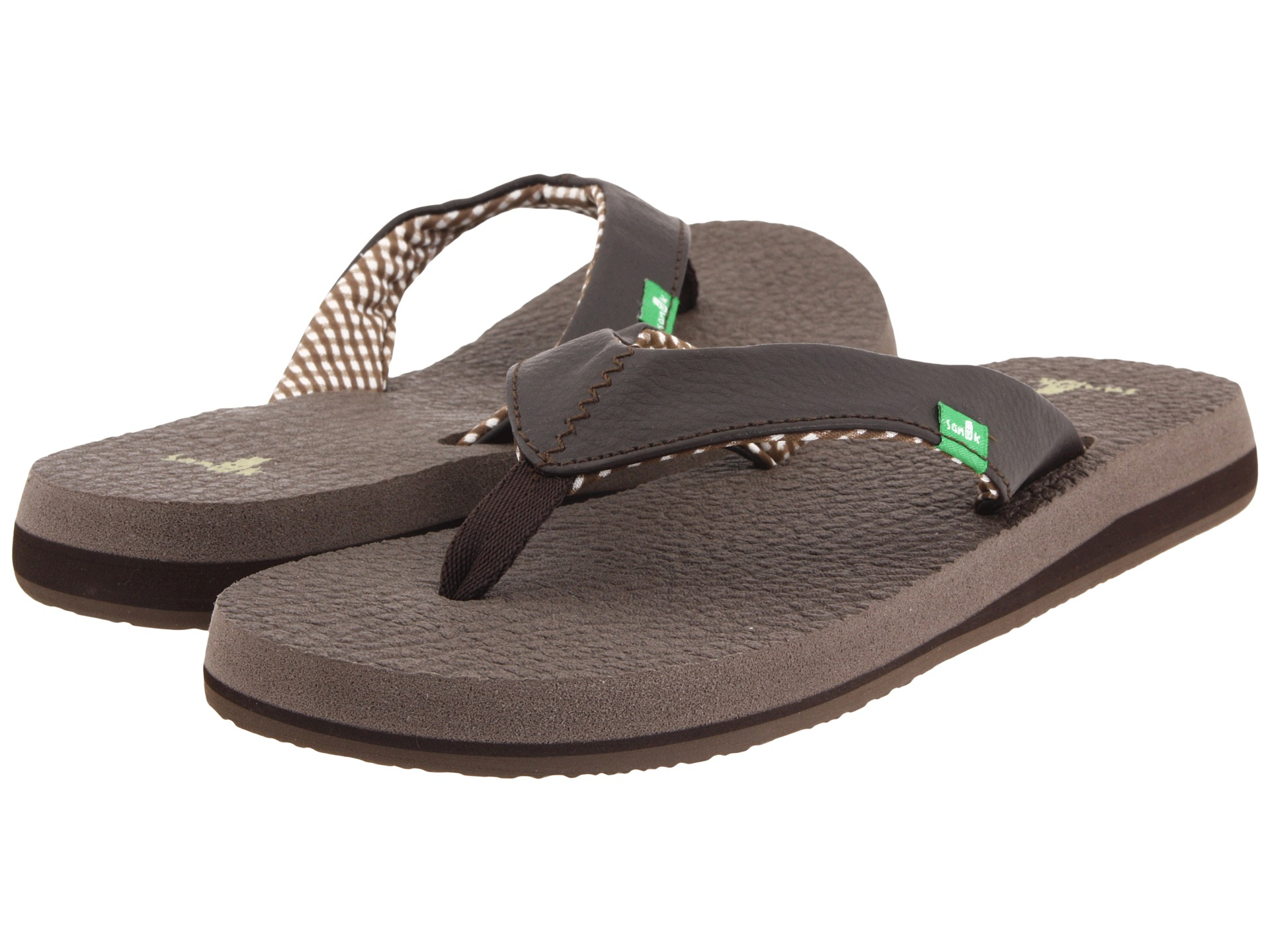 Sanuk Shoes Holiday Sale: Save up to 35% off! Shop bnightf.ml's selection of Sanuk shoes and sandals - over styles available including the Yoga Mat flip flop, Donna Hemp slip-on, TKO Sneaker, Yoga Sling sandal, and more.