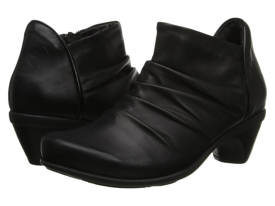 Naot Footwear Advance (Jet Black Leather/Black Madras Leather) Women