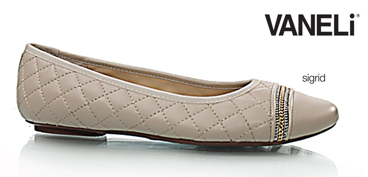 Narrow Shoes: Get free shipping on perfectly fitting narrow footwear